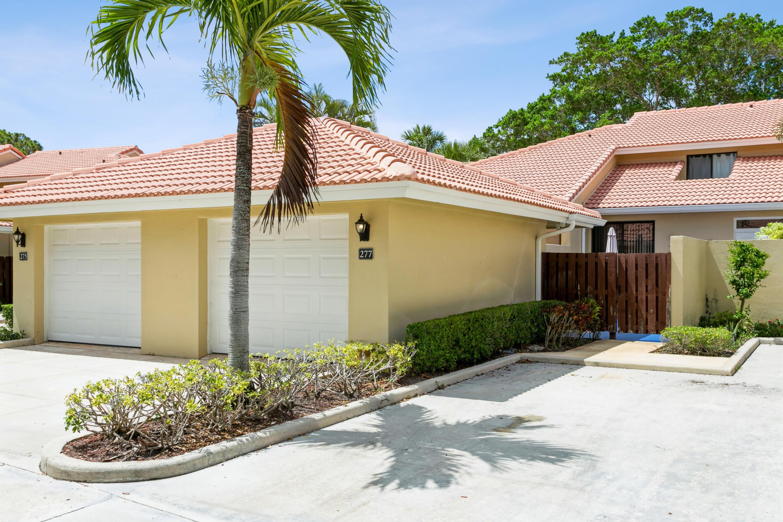 277 Old Meadow Way Palm Beach Gardens, FL 33418
