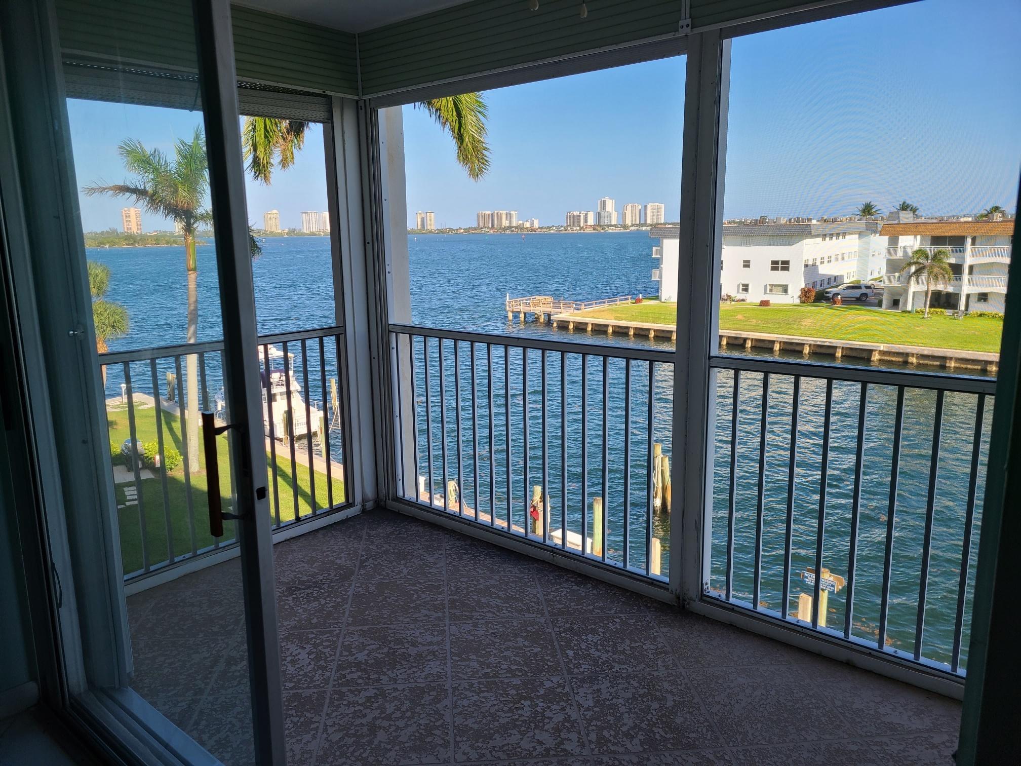 100  Paradise Harbour Boulevard 407 For Sale 10723384, FL