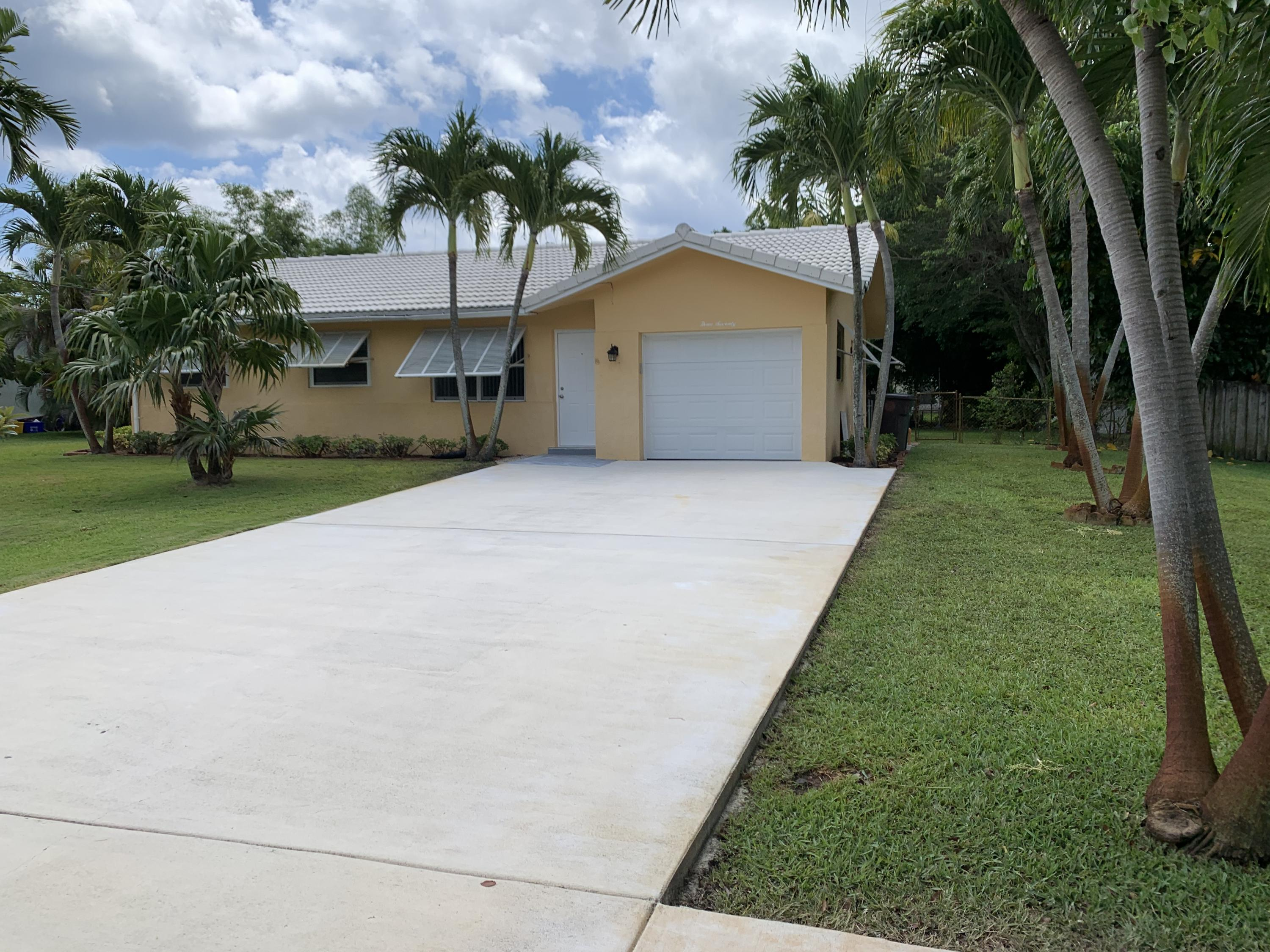 370 NW 35th Street  For Sale 10723464, FL