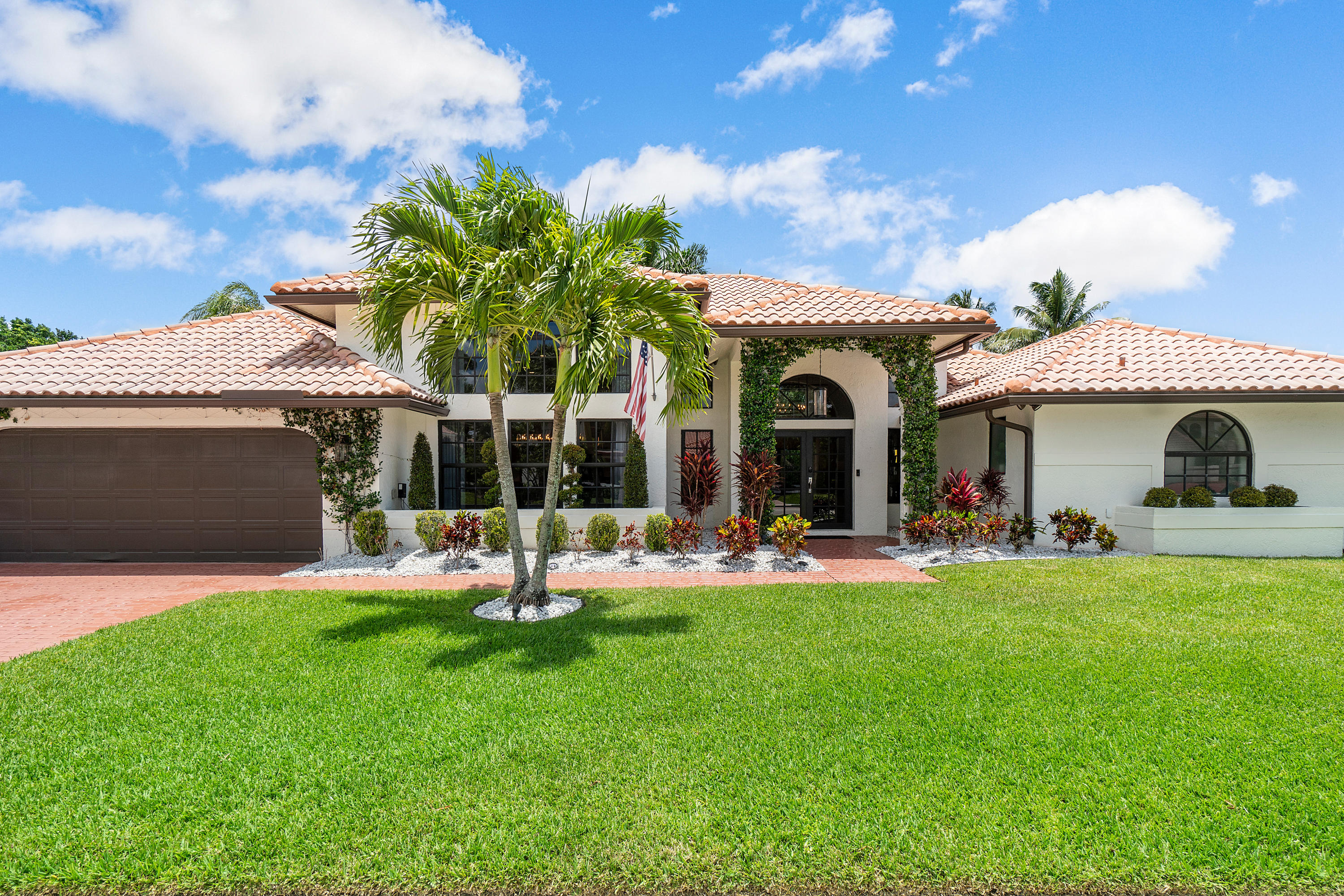 2930 NW 27th Avenue  For Sale 10723505, FL