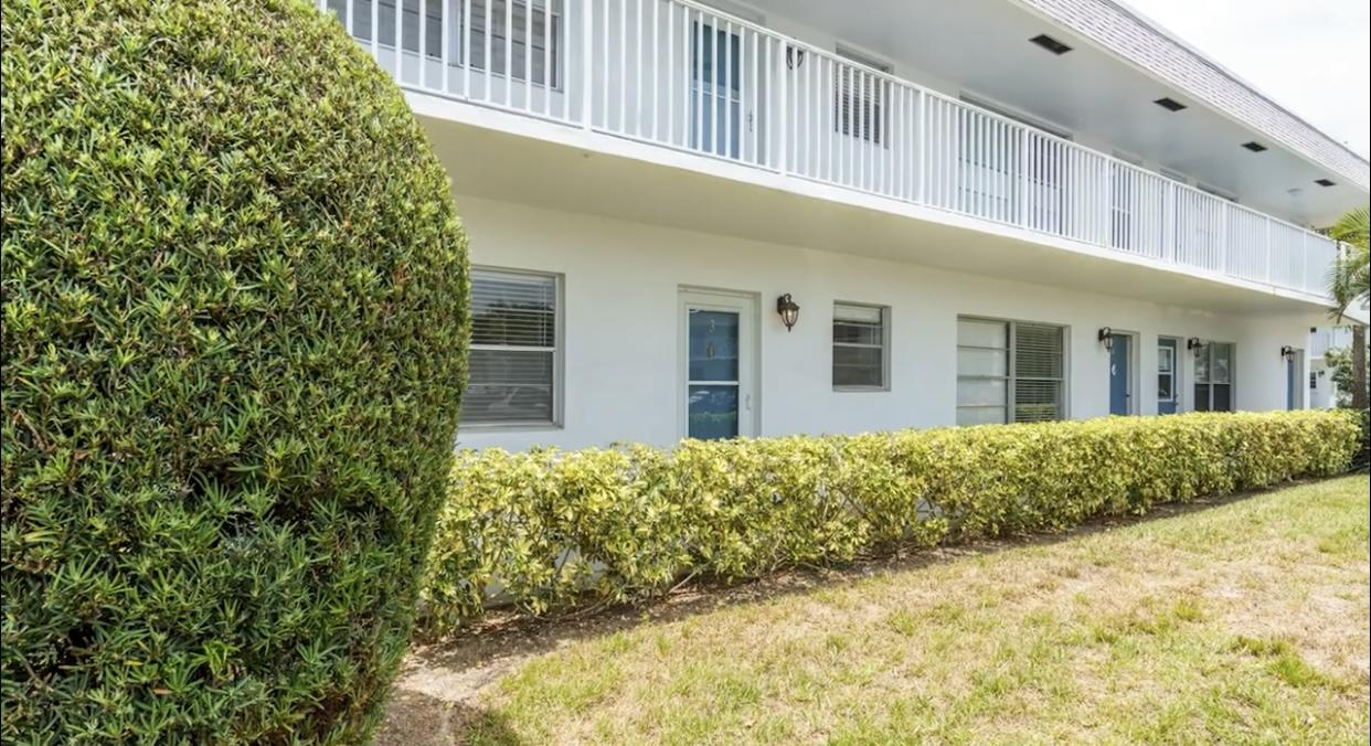 2929 SE Ocean Boulevard 117-3 For Sale 10723655, FL