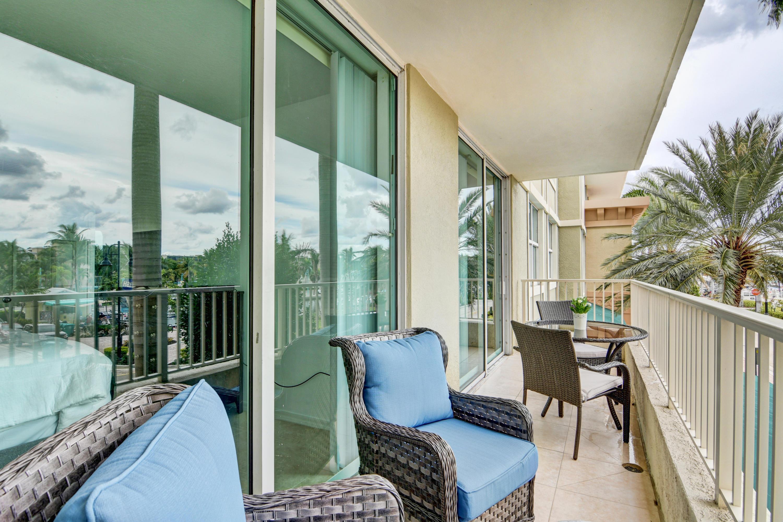 625  Casa Loma Boulevard 208 For Sale 10723690, FL