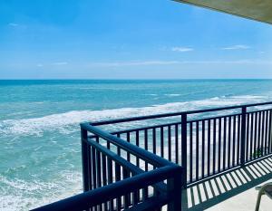 5460 N Ocean Drive, 9a, Singer Island, FL 33404