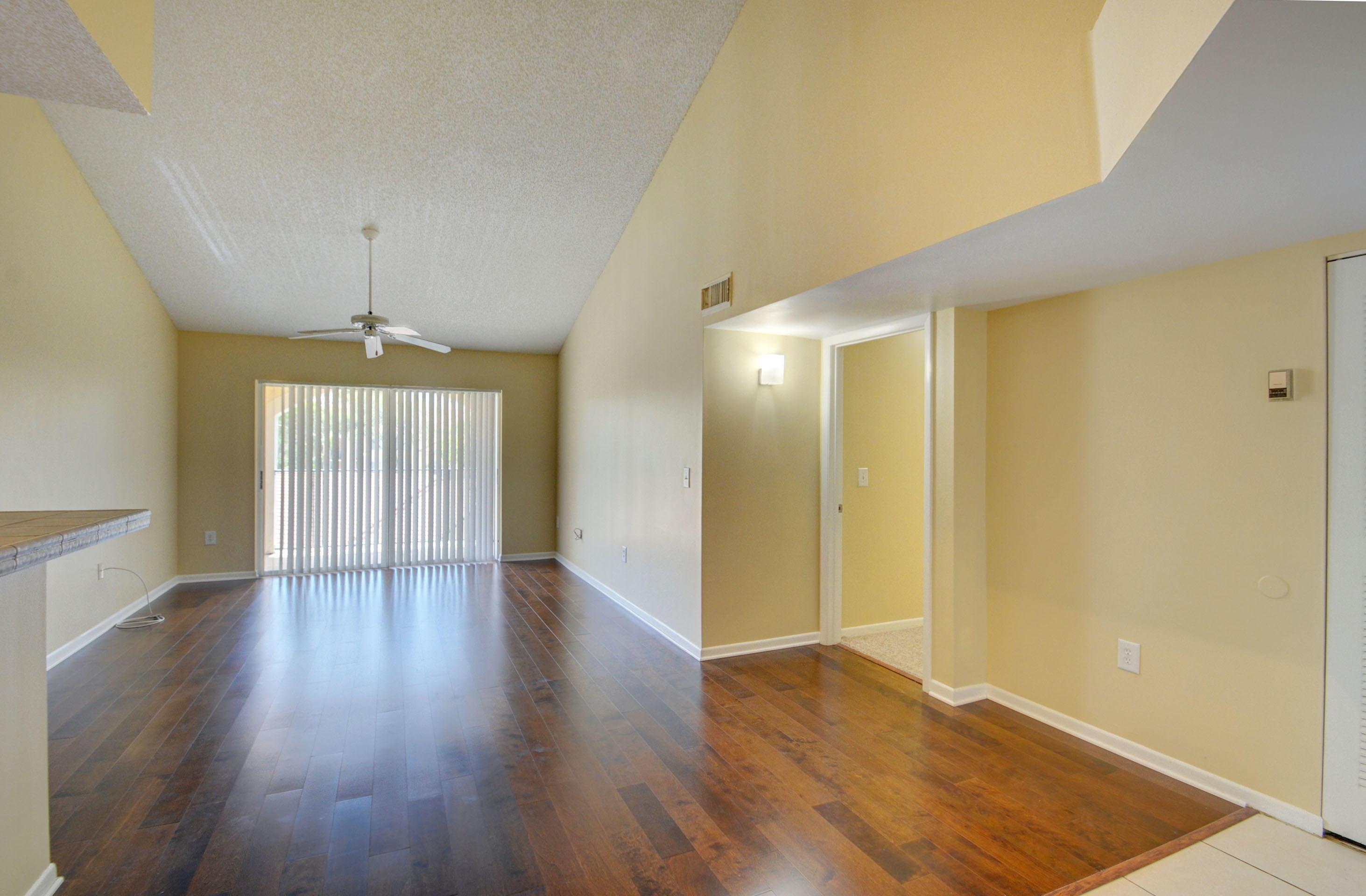 1721  Village 305 Boulevard 305 For Sale 10723736, FL
