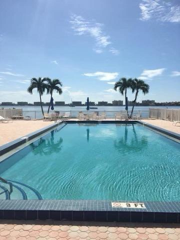 1516 S Lakeside Drive 309 For Sale 10723771, FL