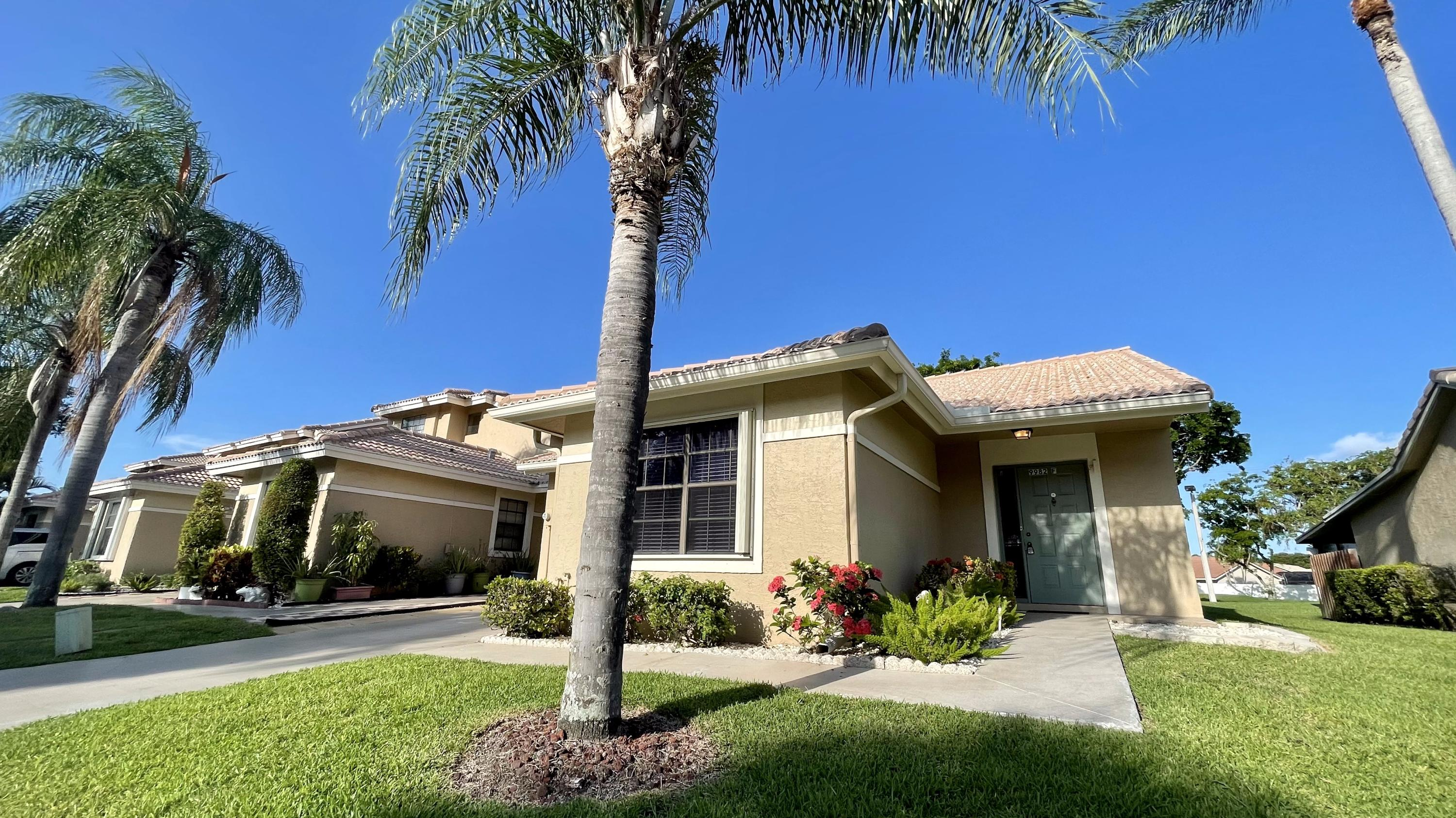 9982  Watermill Circle F For Sale 10723814, FL