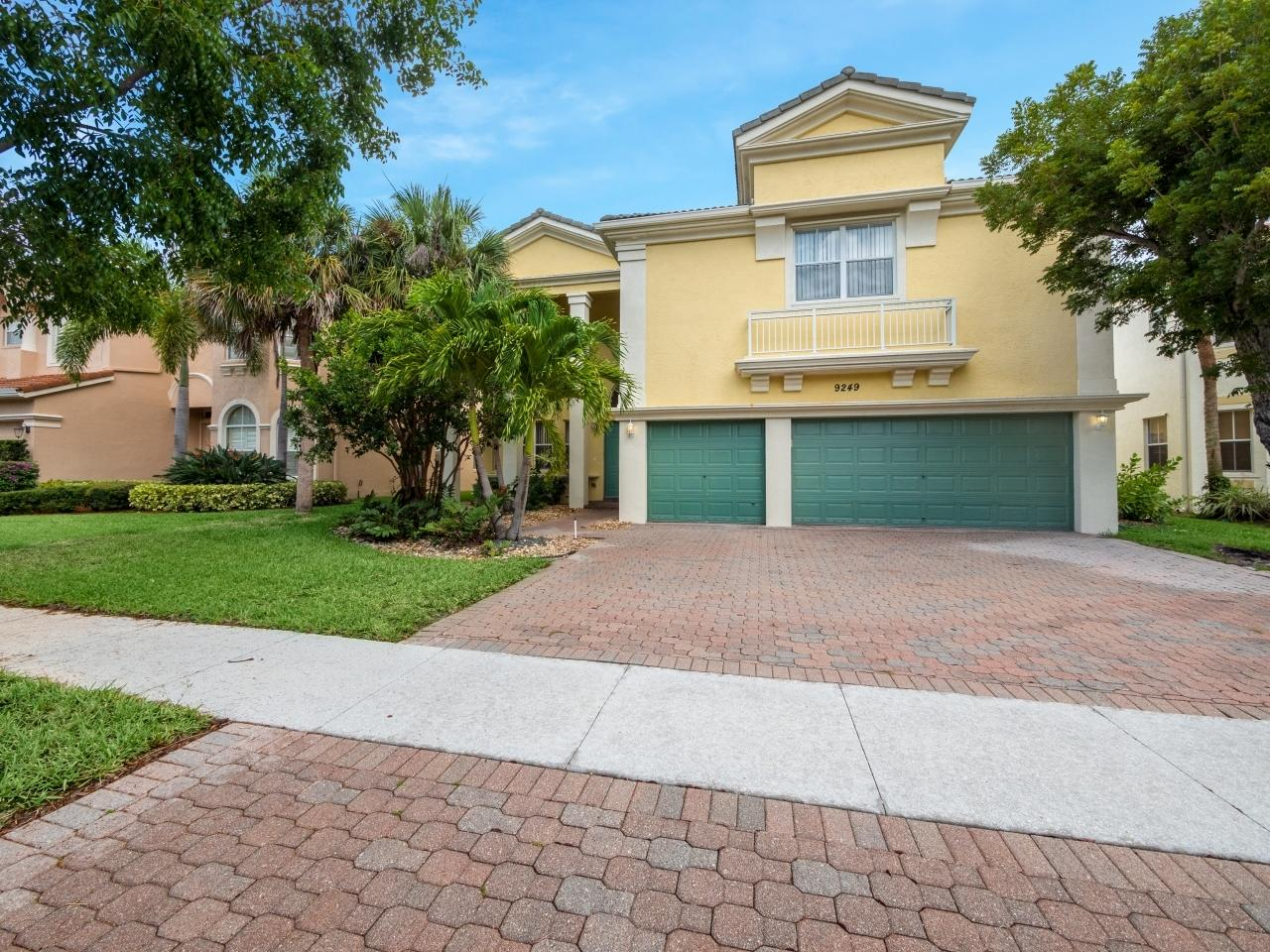 9249  Delemar Court  For Sale 10723778, FL