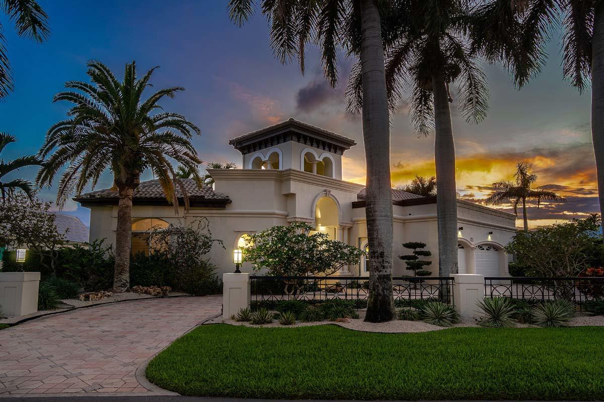 2155 W Maya Palm Drive  For Sale 10723873, FL