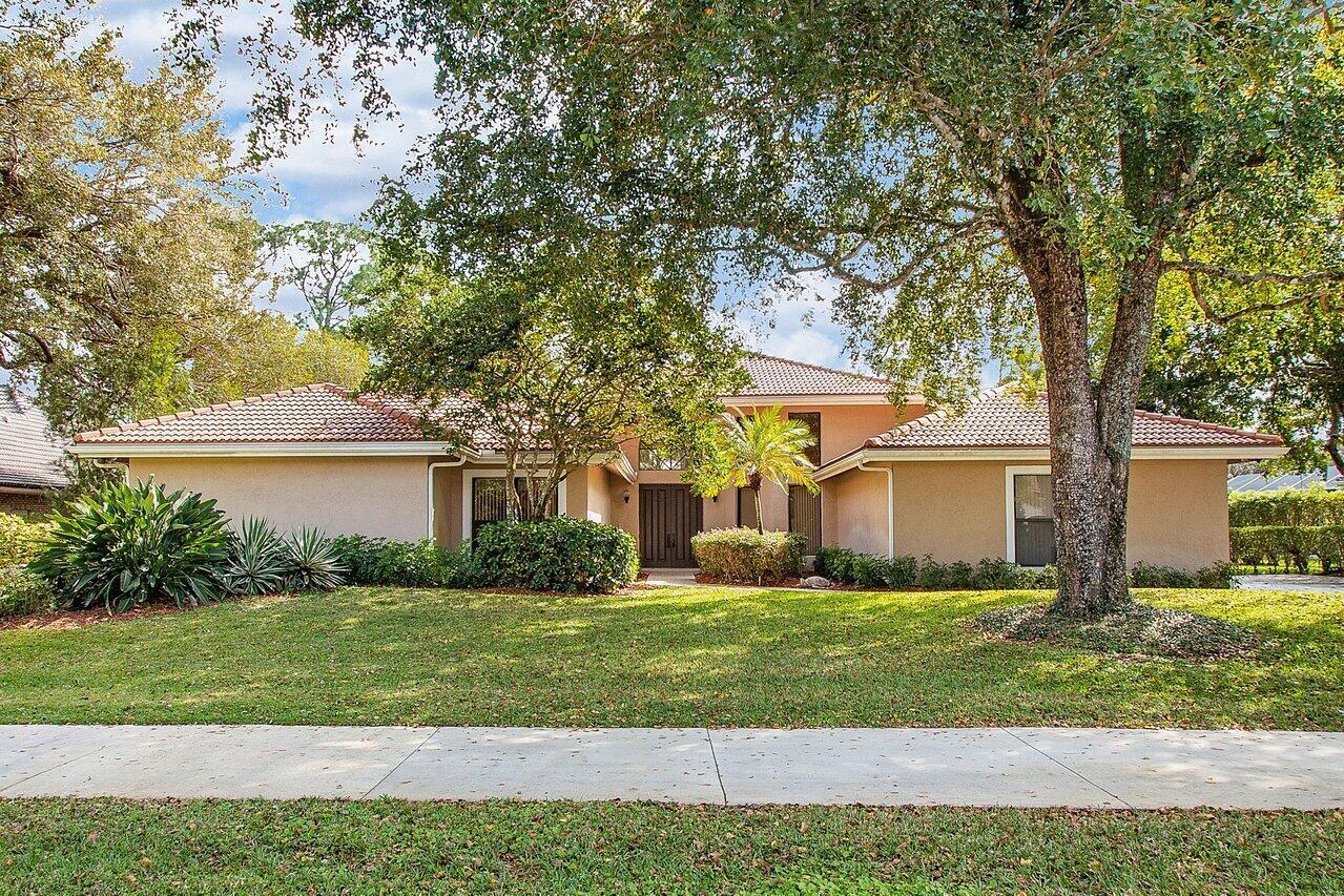 1744 W Breakers West Boulevard  For Sale 10723957, FL