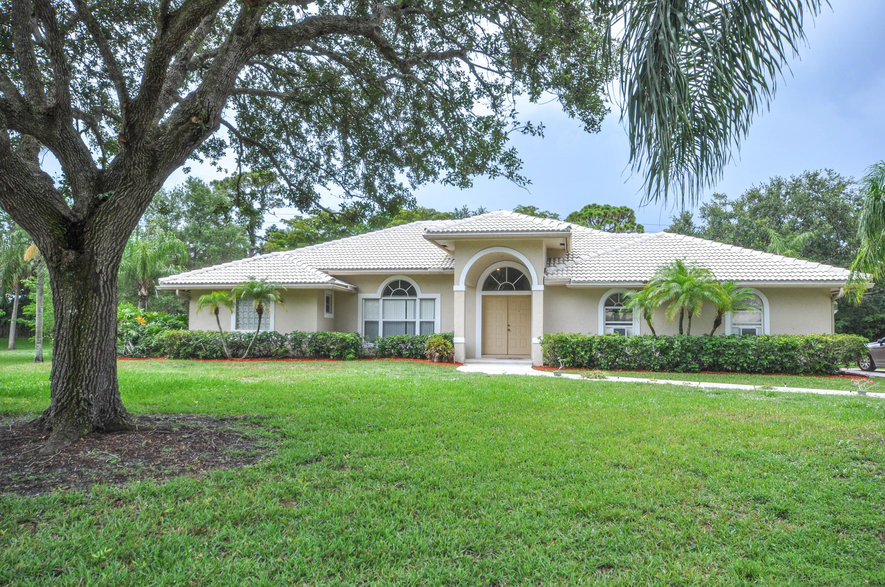 9560  Spanish Moss Road  For Sale 10724207, FL