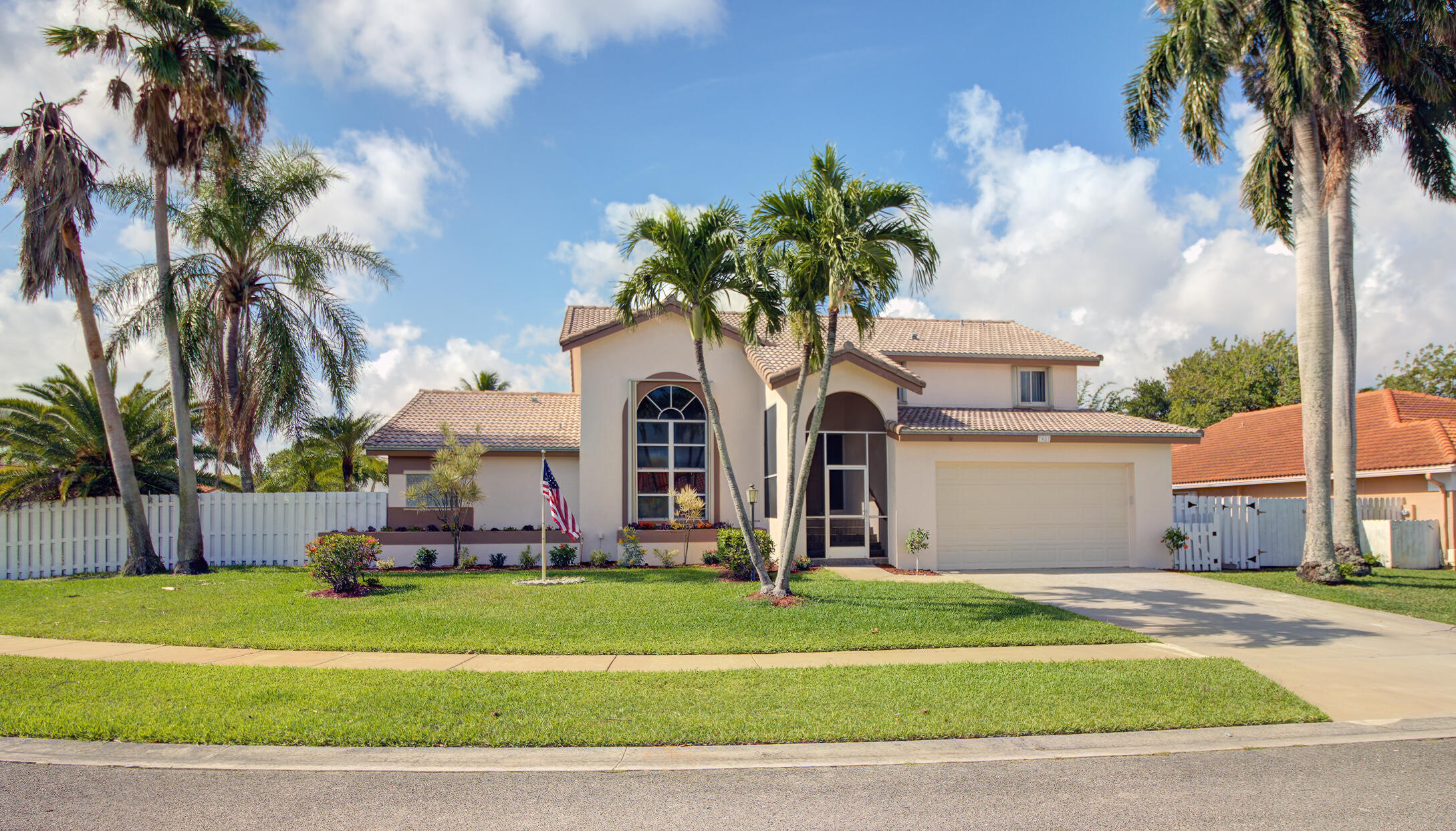 7401  Anadale Circle  For Sale 10724245, FL