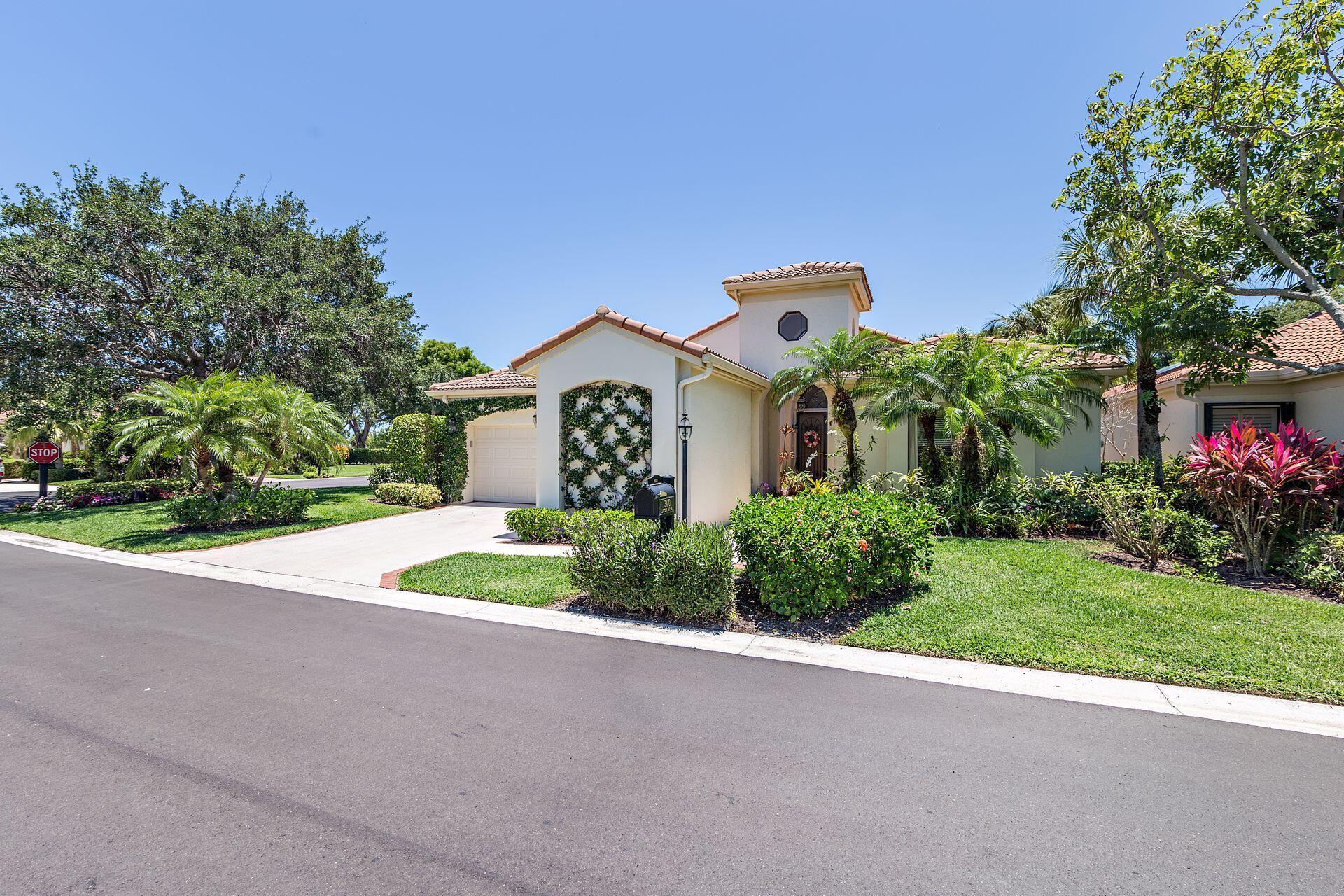3470  Lantern Bay Drive  For Sale 10724447, FL