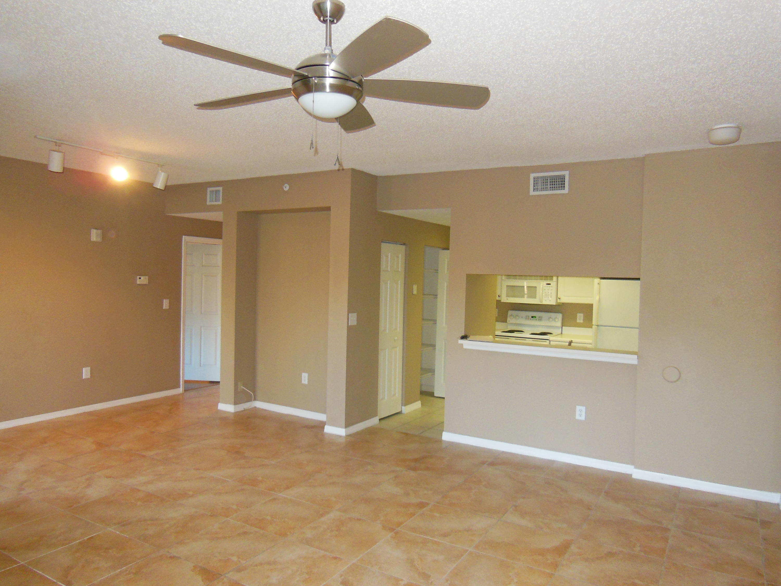 NICE AND CLEAN 1BR/1BTH CORNER UNIT WITH PRIVATE LOCATION. 2ND FLOOR. TILE IN LIVING ROOM AND PATIO, LAMINATE IN BEDROOM. WATER IS INCLUDED. PETS ARE WELCOME. 650 CR.SCORE FOR EACH TENANT BY HOA. GATED COMMUNITY ''SAN MATERA'' OFFERS BEAUTIFUL FULL AMENITIES: POOL,CLUB HOUSE,GYM,TENNIS COURTS. 5 MIN TO THE BEACH AND DOWNTOWN OF PALM BEACH GARDENS.