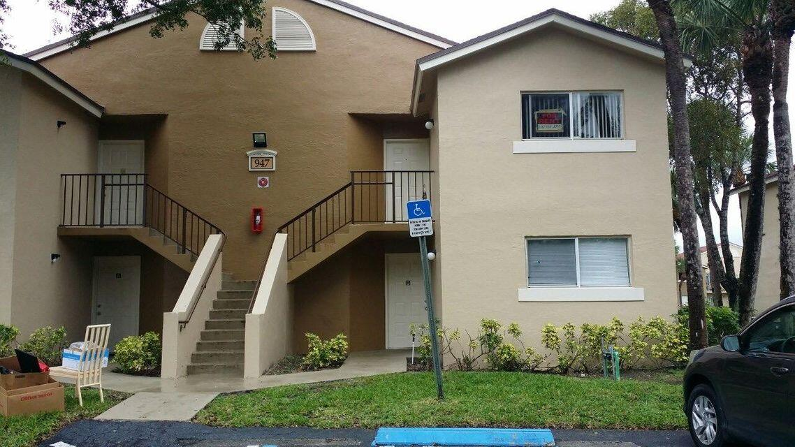Home for sale in ST ANDREWS PALM BEACH CONDO II West Palm Beach Florida