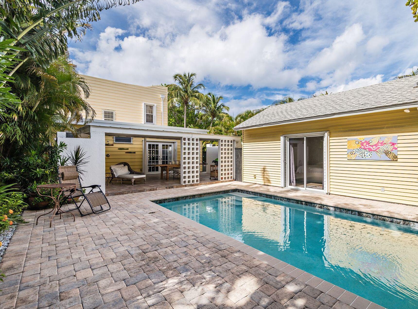 414 32nd Street West Palm Beach, FL 33407 photo 2