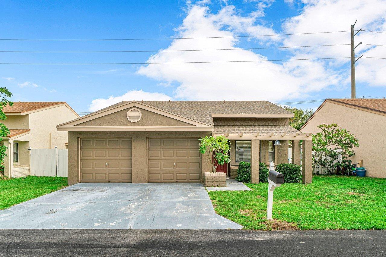 3  Thurlow Drive  For Sale 10724459, FL