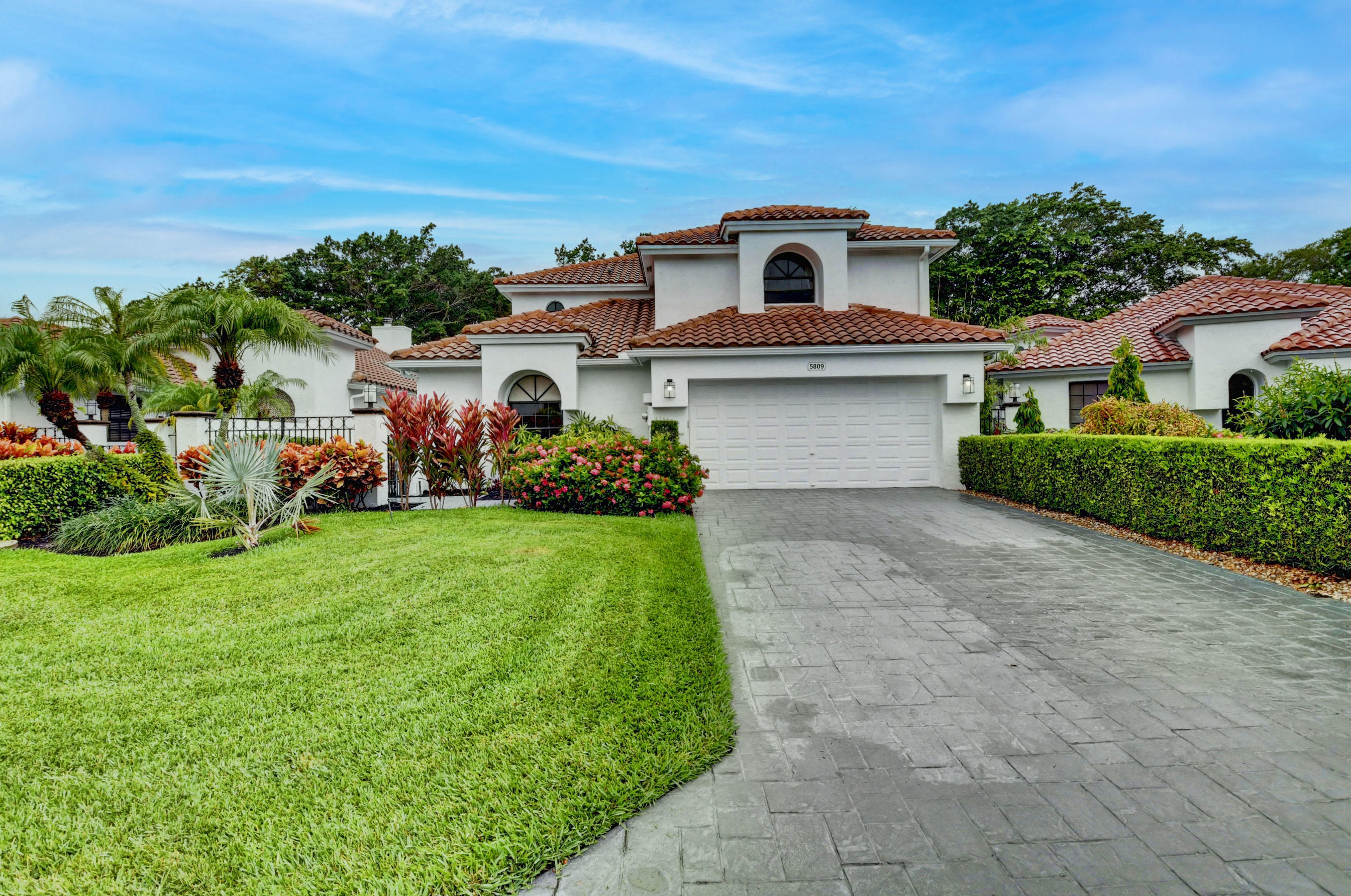 5809 NW 21st Way  For Sale 10725344, FL