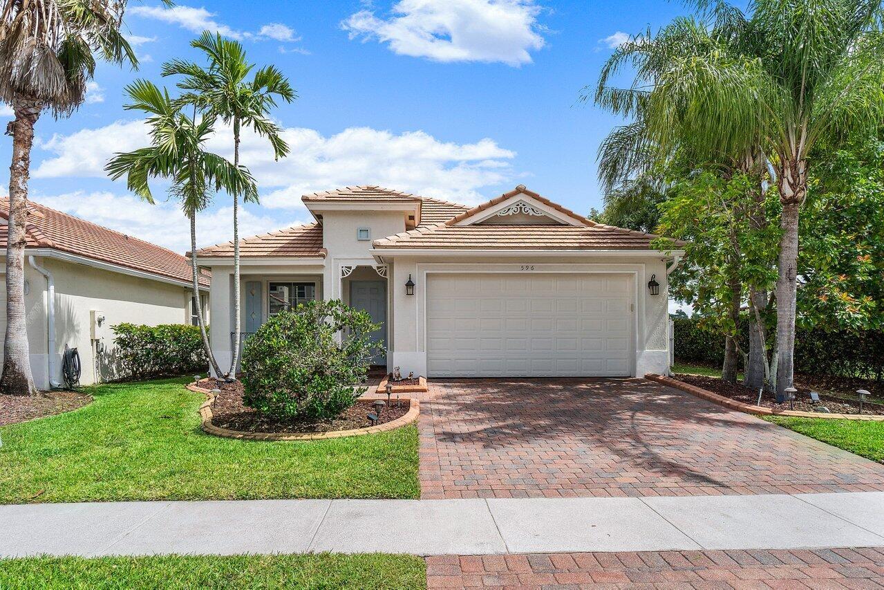 596  Belle Grove Lane  For Sale 10724535, FL