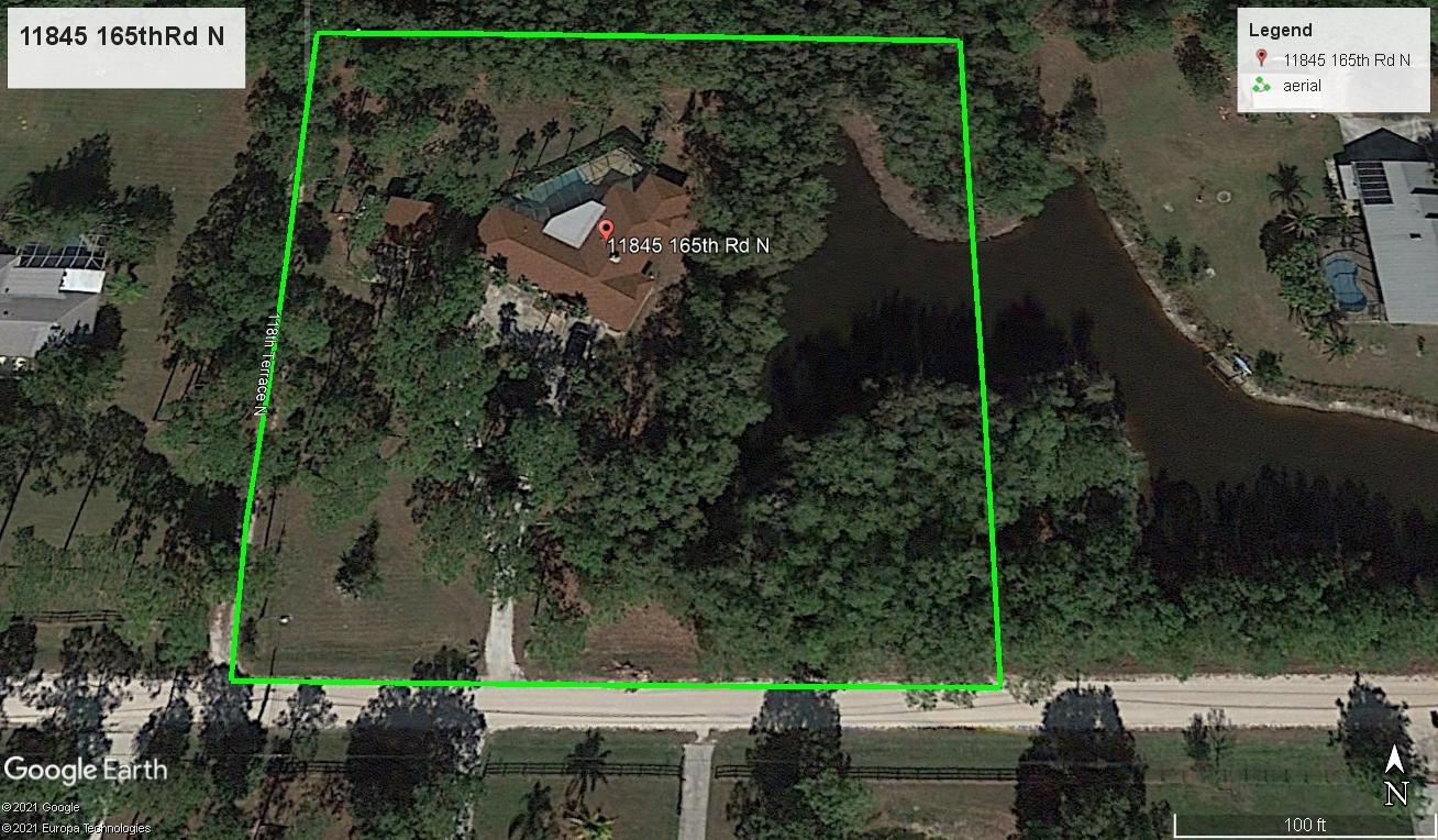 Rare find, large 5 bedroom handyman / remodel special, amazingly beautiful 2.5 acres lot with a pond , large screened in pool, separate two car garage/ shop/ possible in law apartment this property after renovations would be worth over 1.2 millionwont last !
