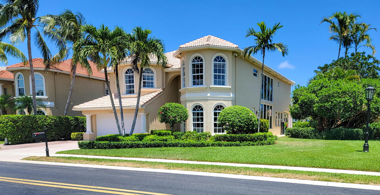 736 Sandy Point Lane, North Palm Beach, FL 33410