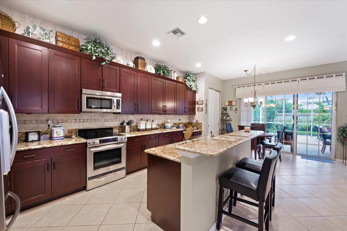 4474  Mariners Cove Drive   For Sale 10724896, FL