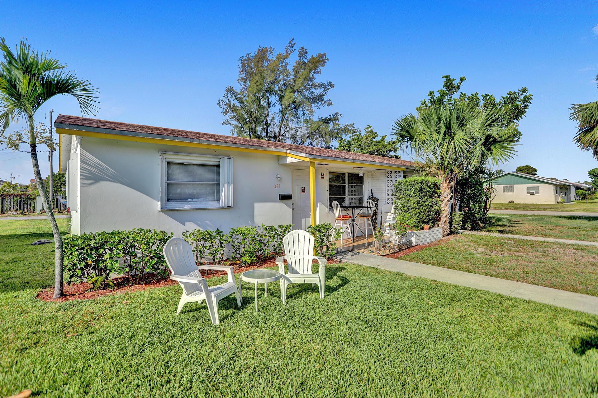 591  Silver Beach Road  For Sale 10725252, FL