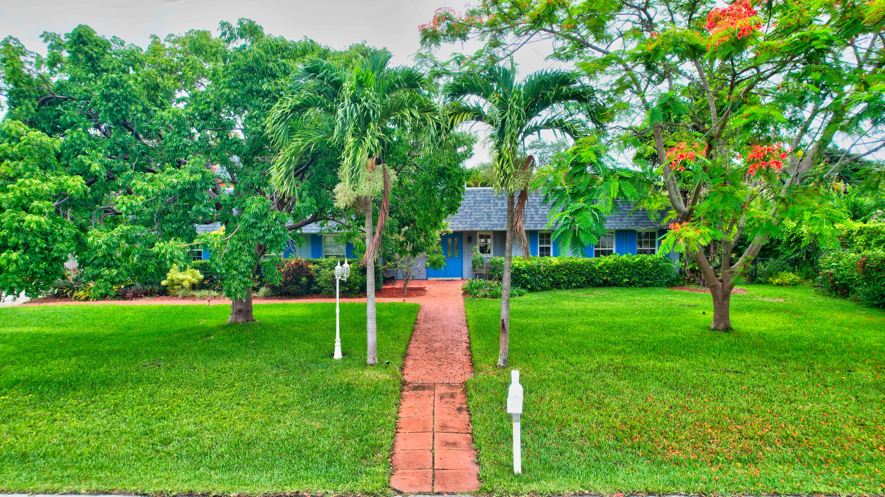 401 NW 18th Street  For Sale 10725024, FL