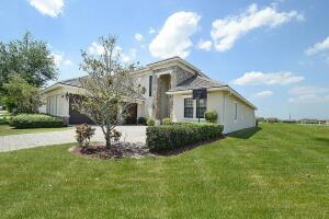 9015 Three Rail Drive, Boynton Beach, FL 33472