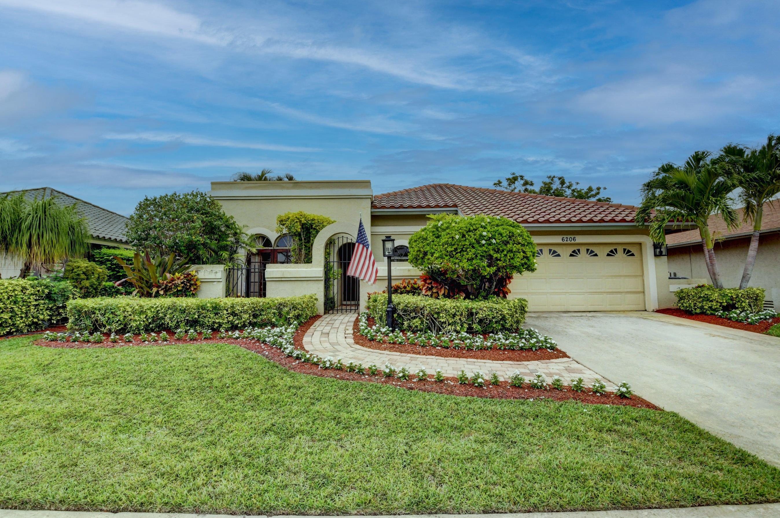 6206  Amberwoods Drive  For Sale 10724390, FL
