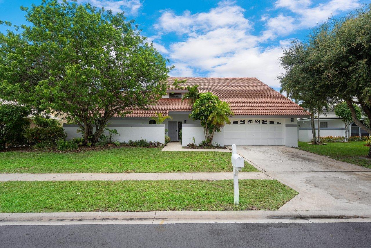 Home for sale in FAIRFIELDS LACUNA 6 Lake Worth Florida