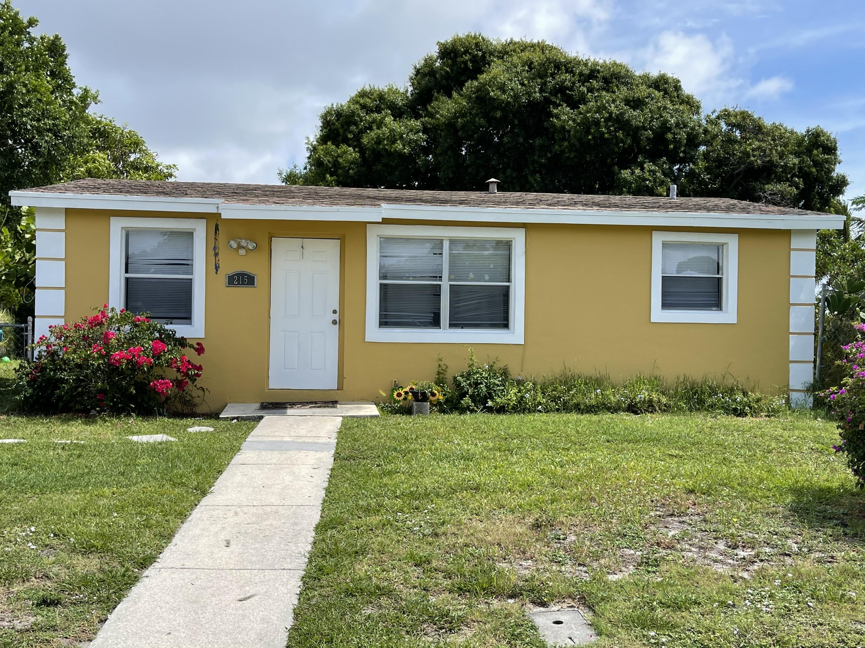 215 NW 11th Avenue - 33435 - FL - Boynton Beach
