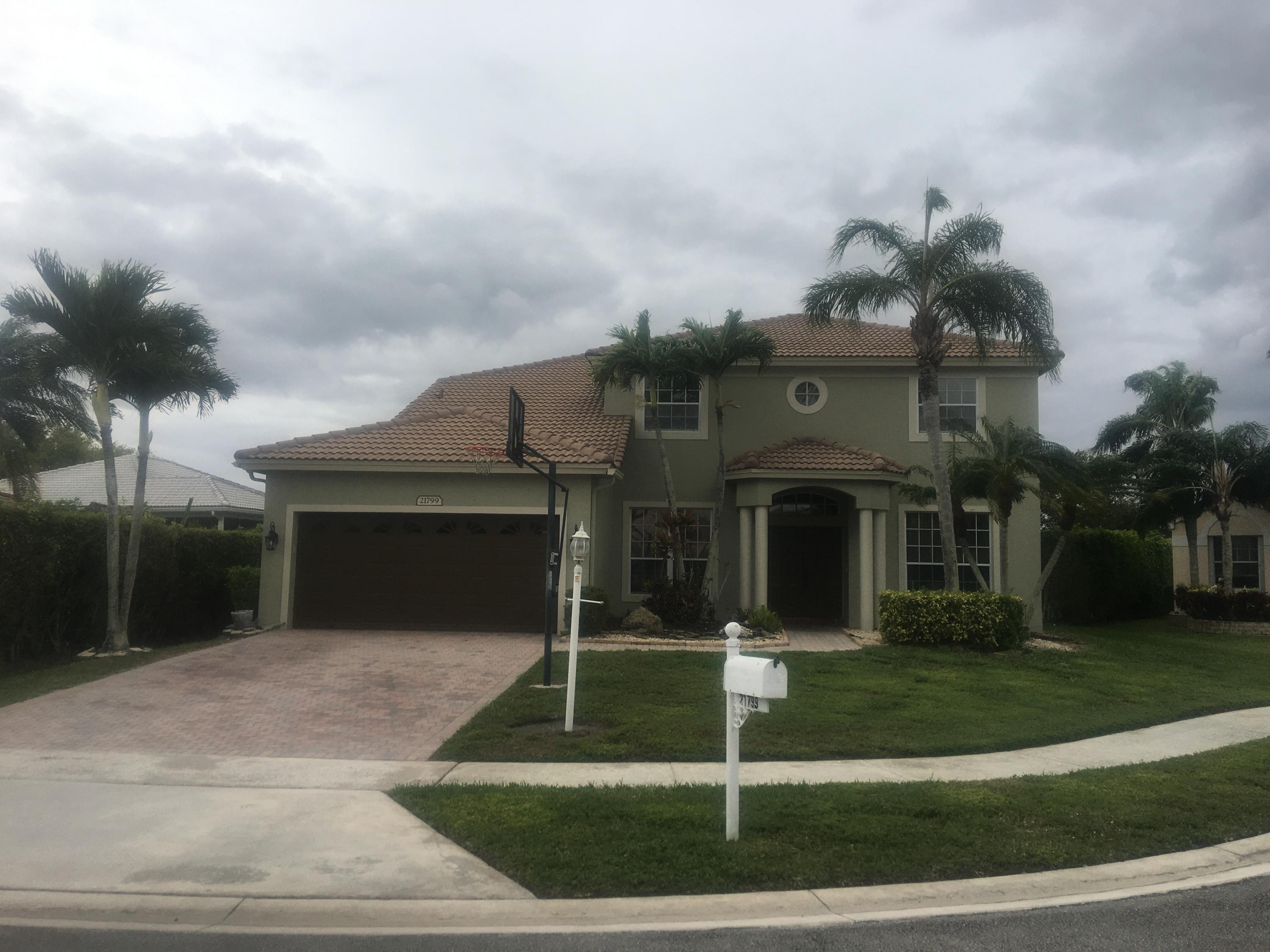 21799  Sugarberry Circle  For Sale 10725285, FL