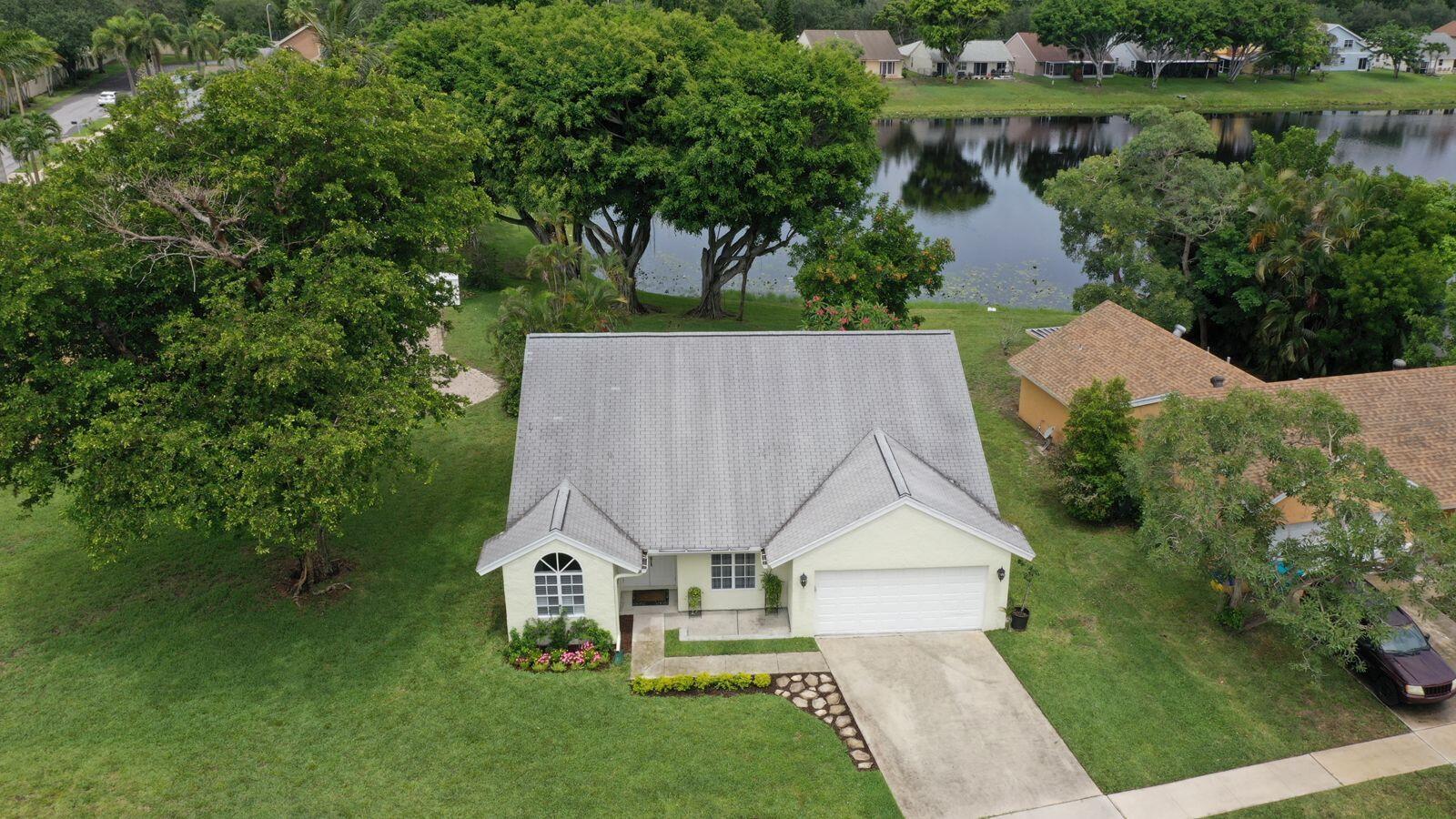 1801 Stonehaven Drive  Boynton Beach FL 33436