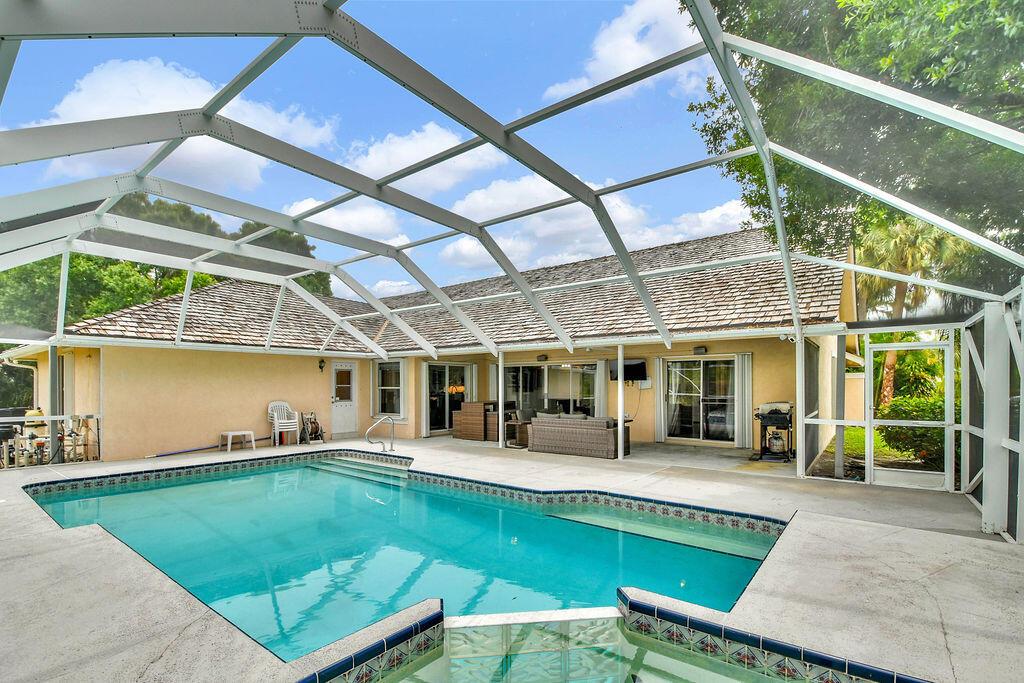 15575  Woodmar Court  For Sale 10725783, FL
