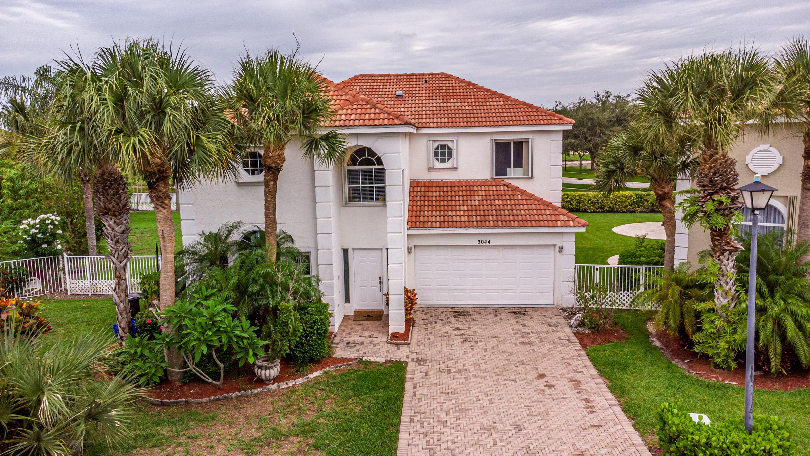 3044  Marbella Court  For Sale 10725416, FL