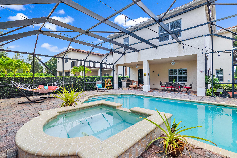 131  Porgee Rock Place  For Sale 10725744, FL