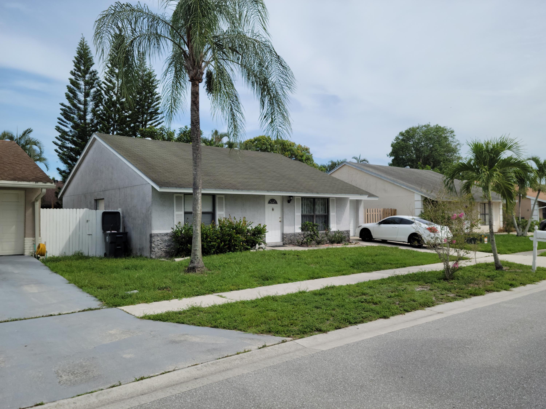 5856 Corson Place Lake Worth, FL 33463
