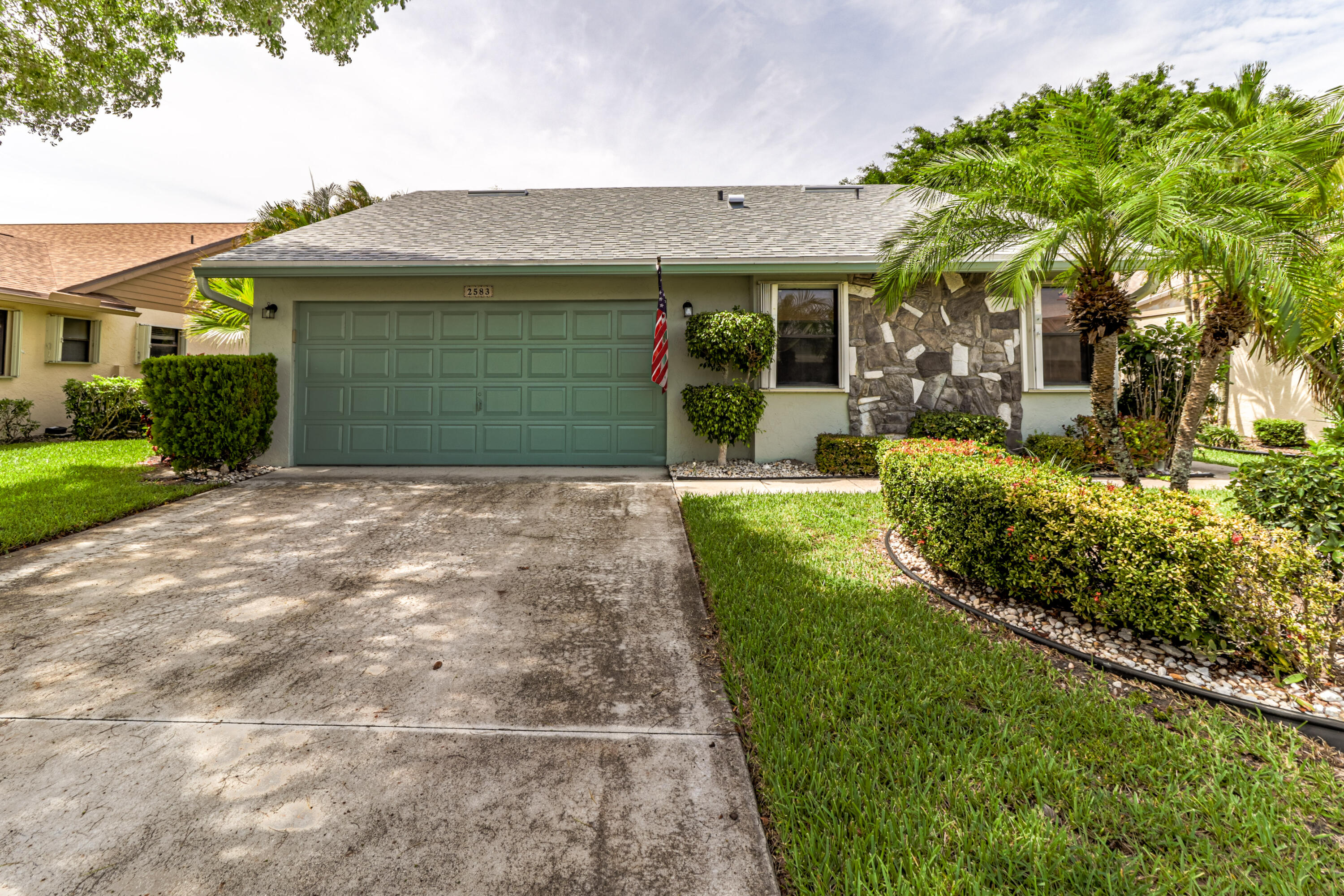 2583 NW 13th Street  For Sale 10725921, FL