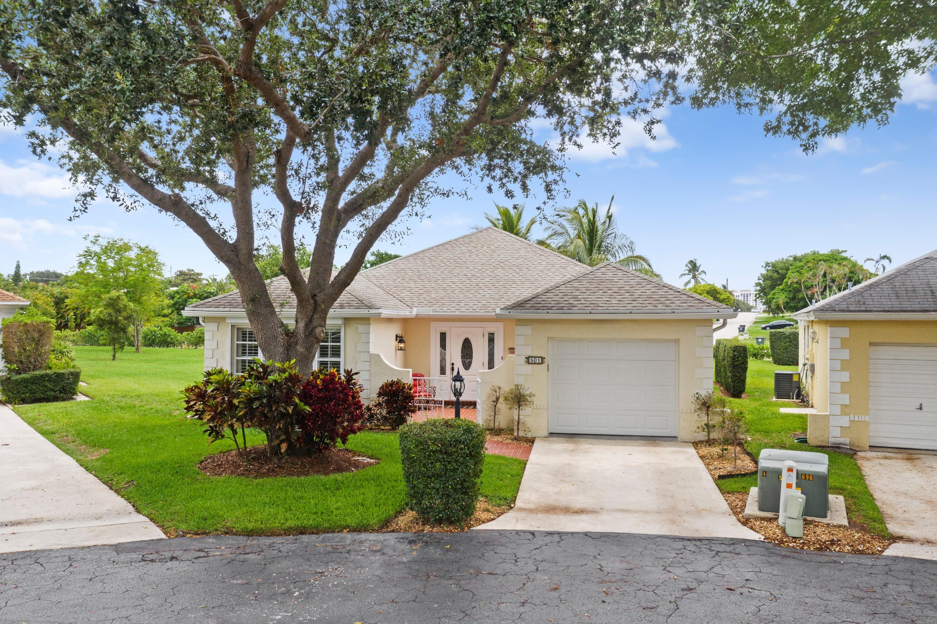 Home for sale in Lincolnwood Boca Raton Florida