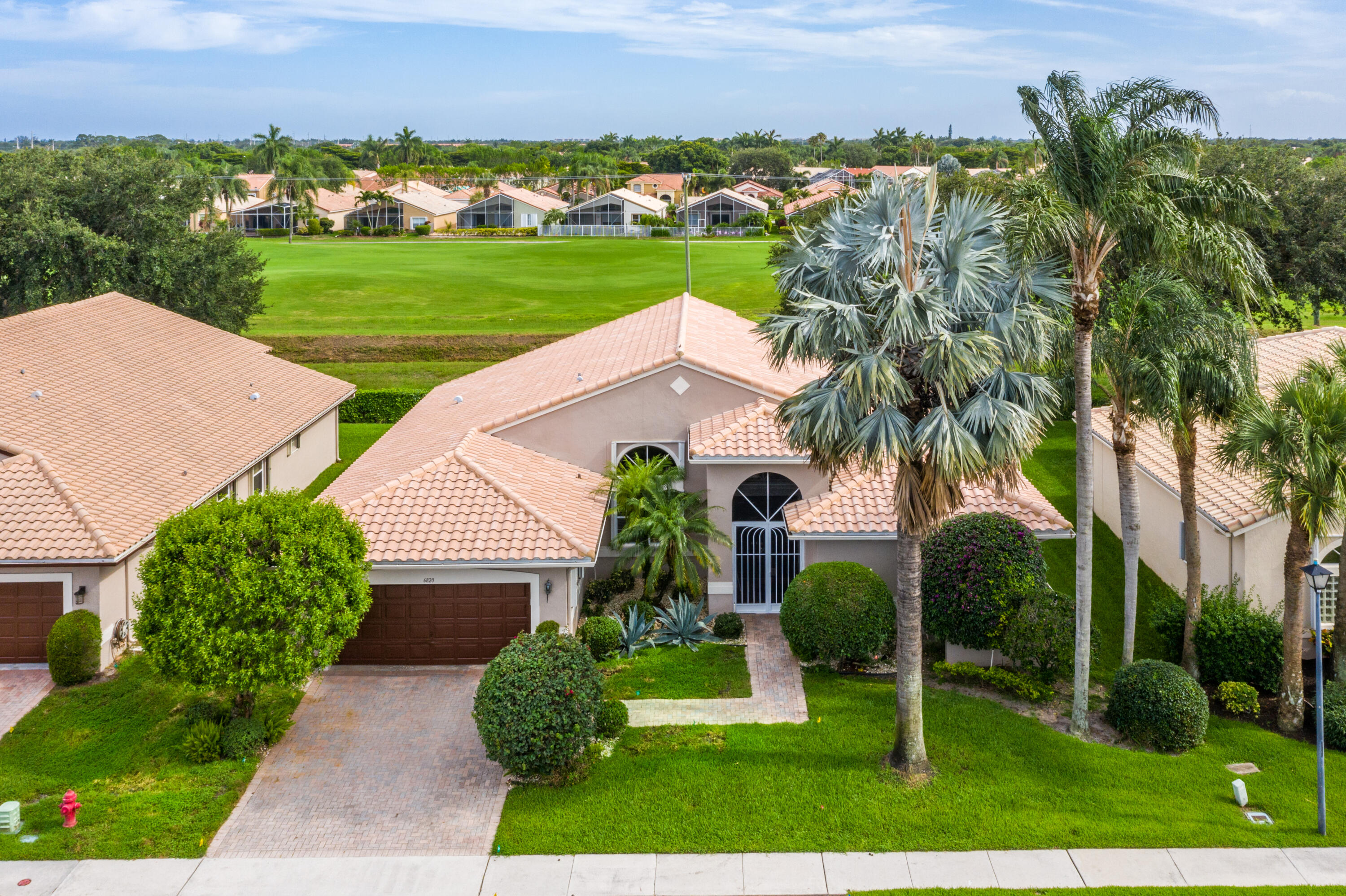 6820  Chimere Terrace  For Sale 10725588, FL