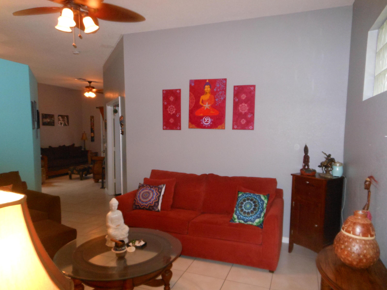 121 Prestige Drive Royal Palm Beach, FL 33411 photo 3