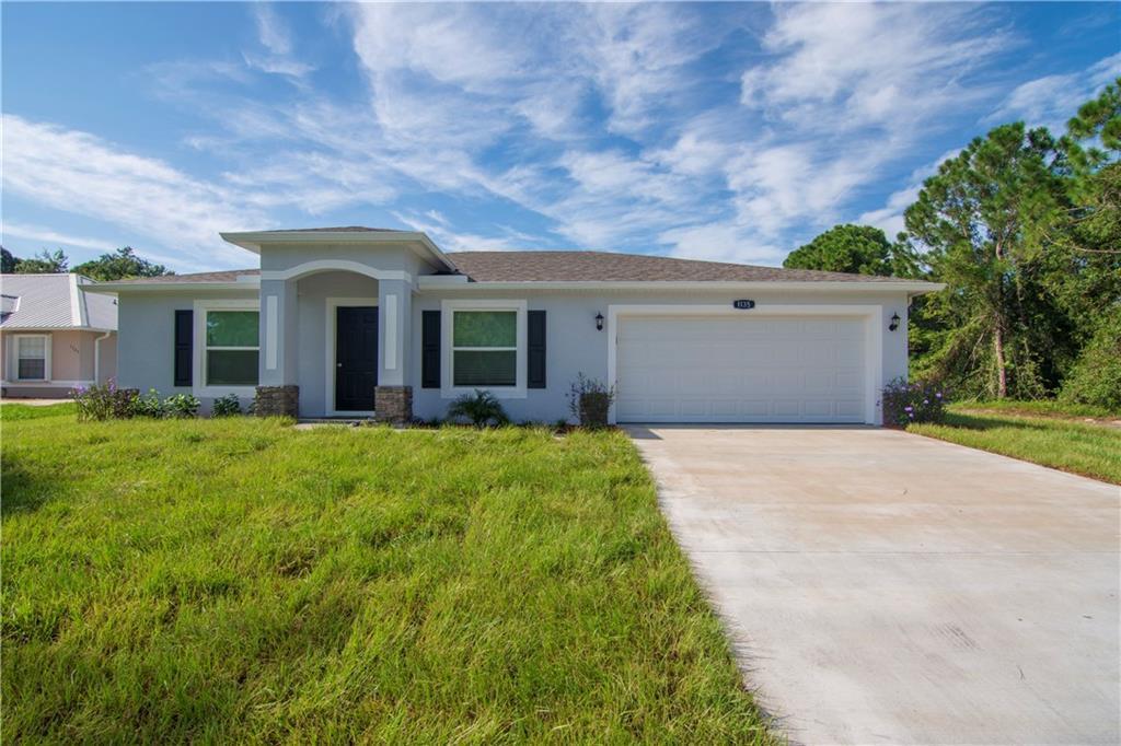 Photo of 106 N 19th Circle SW, Vero Beach, FL 32962
