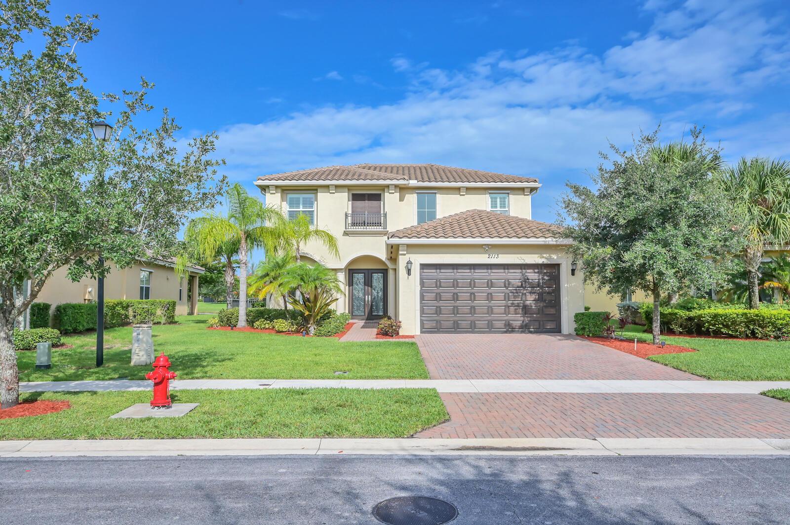 2113  Belcara Court  For Sale 10726380, FL