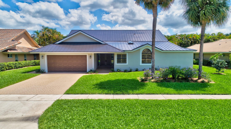 4556  White Cedar Lane  For Sale 10726399, FL