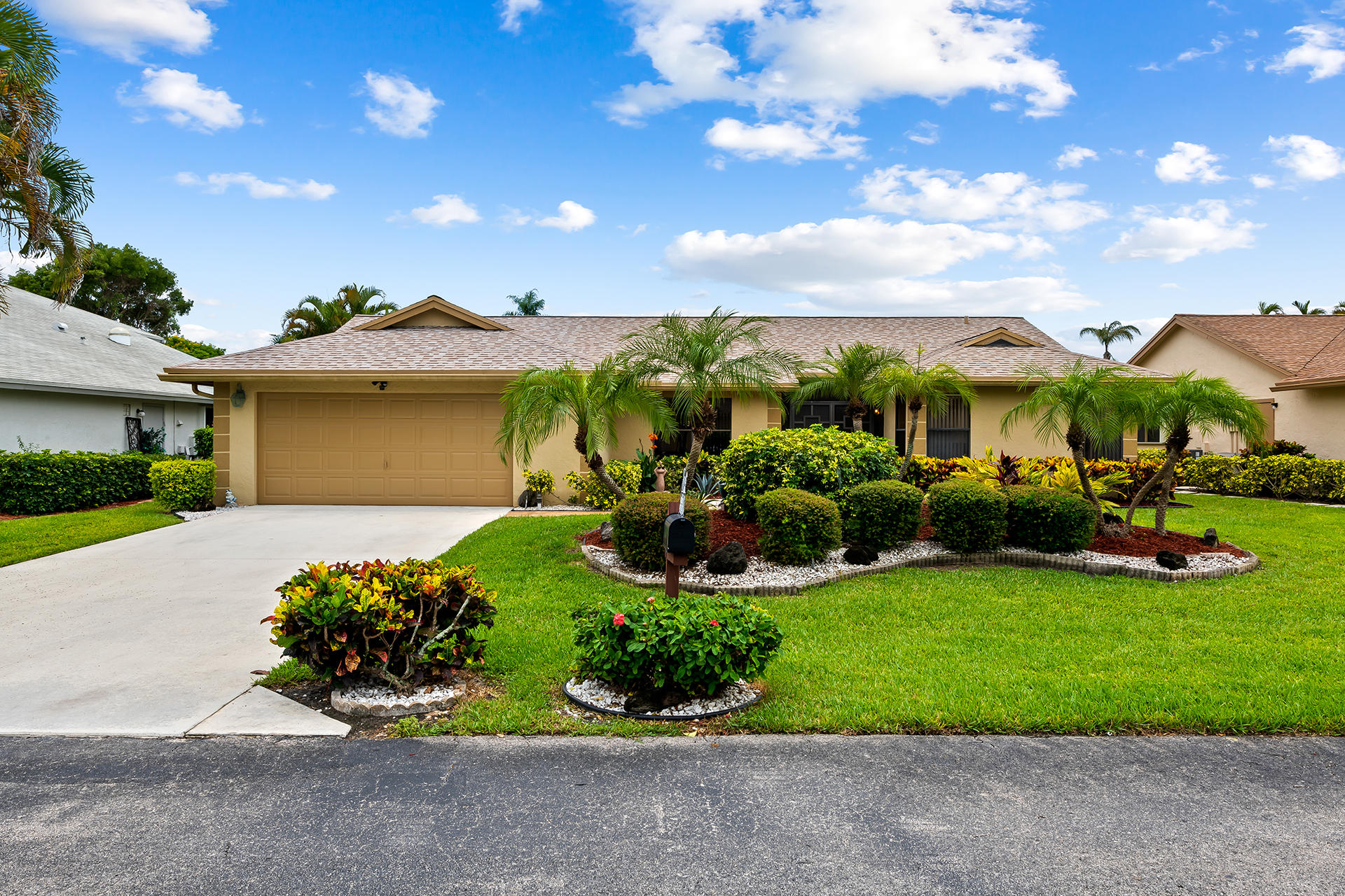 3180 NW 15th Street  For Sale 10726444, FL