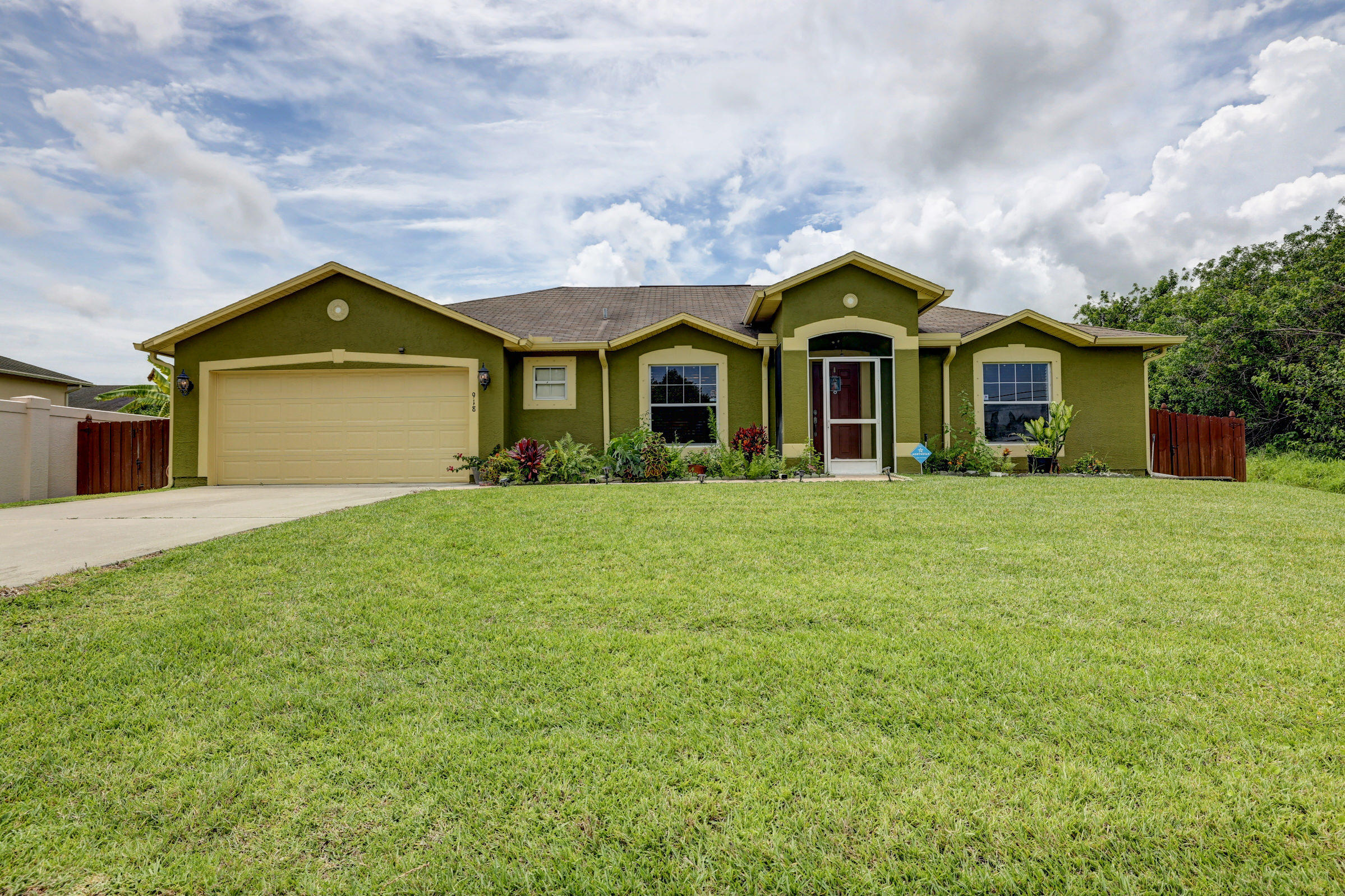 Home for sale in PORT ST LUCIE SECTION 21 Port Saint Lucie Florida