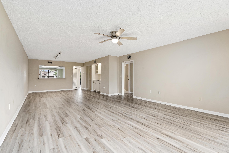 Details for 3200 Twin Lakes Terrace 102, Fort Pierce, FL 34950