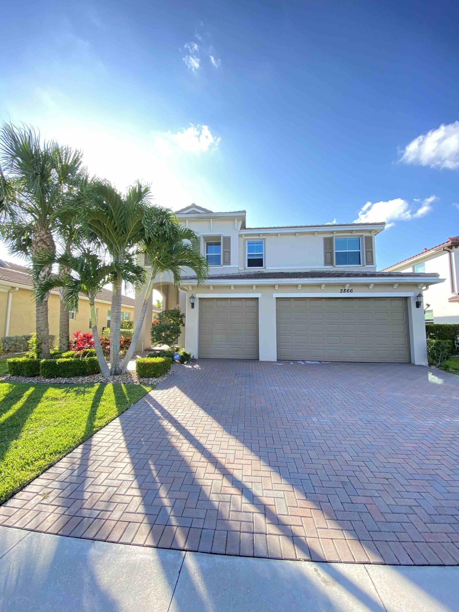 2866  Bellarosa Circle  For Sale 10719470, FL