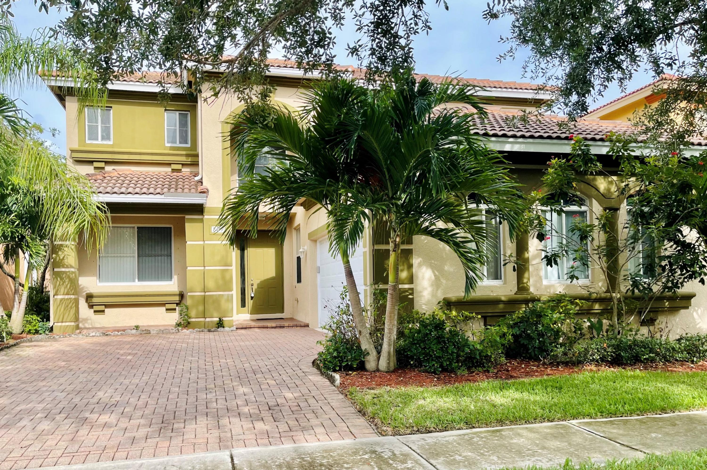 809  Triana Street  For Sale 10726539, FL