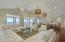 Living / Dining Room 700sf (35'x20')